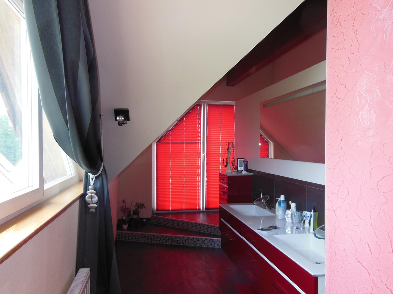Réalisation d'un ensemble moderne,rideaux et stores à Epfig