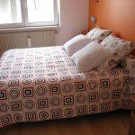 Jeté de lit avec ses coussins coordonnés à Erstein