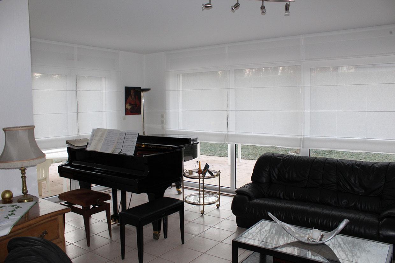 Autour du piano : Stores blancs à Eschau