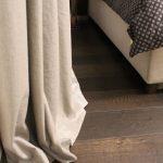 détail rideau en lin brillant à Selestat